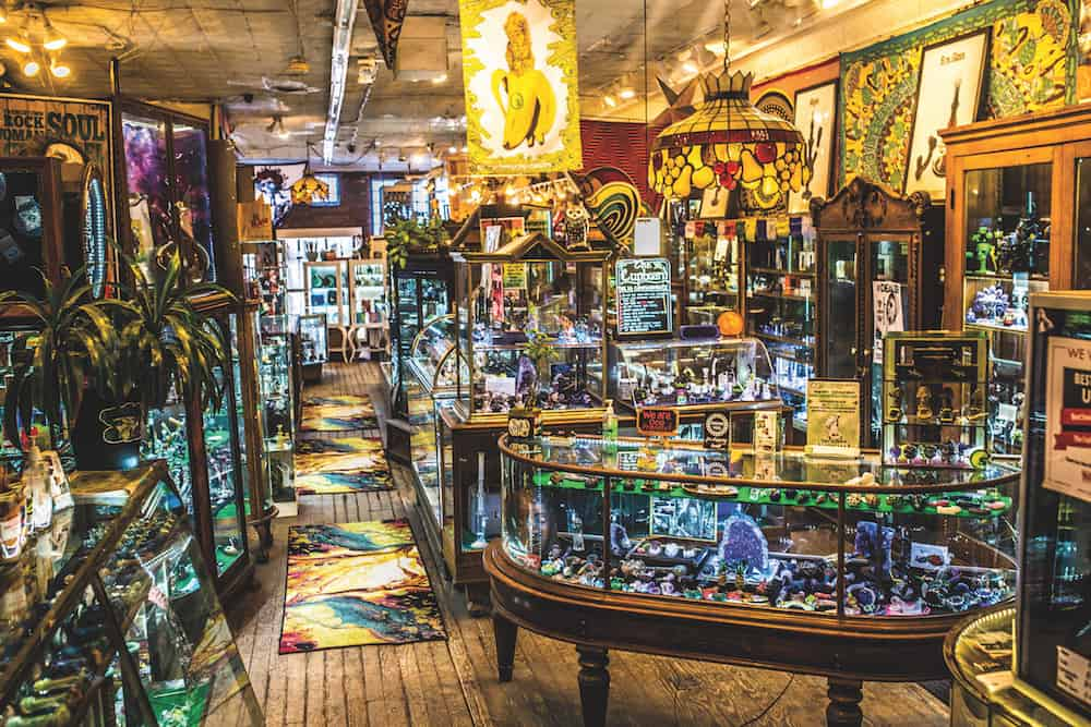10 Legendary Headshops You Need to Check Out